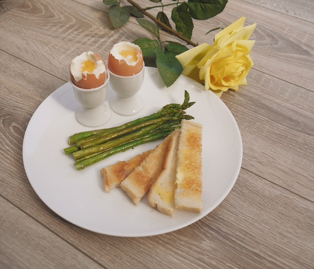 Dippy Eggs & Soldiers with Asparagus